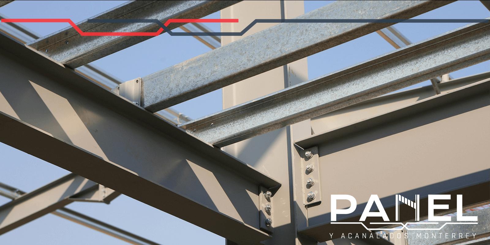 Armado de una estructura con vigas IPR de acero estructural